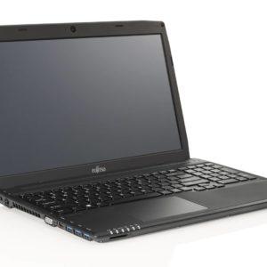 """Fujitsu Lifebook 15.6"""" med i3, W7P, 120GB SSD, 4GB RAM"""